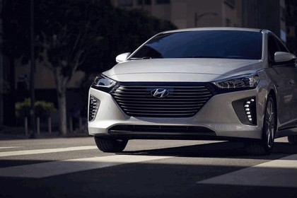 2016 Hyundai Ionic Hybrid - USA version 56