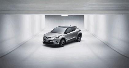 2016 Toyota C-HR 1
