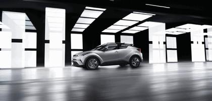 2016 Toyota C-HR 7