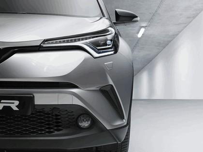 2016 Toyota C-HR 8