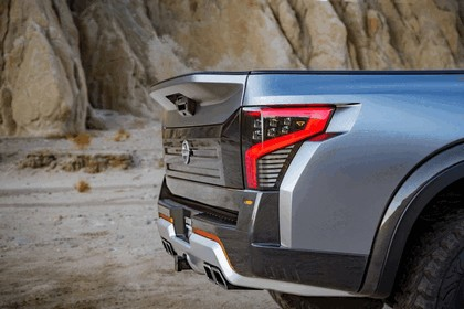 2016 Nissan Titan Warrior concept 37