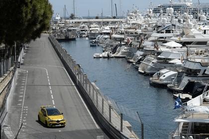 2016 Renault Clio R.S.16 14
