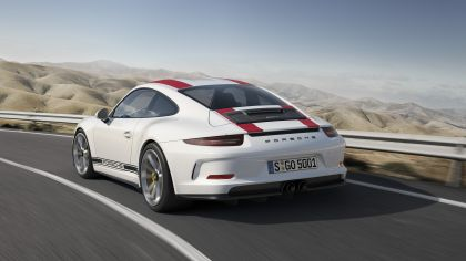 2016 Porsche 911 ( 991 type II ) R 8
