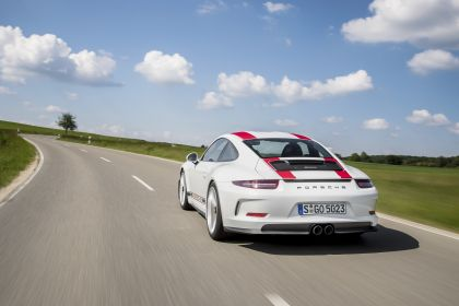 2016 Porsche 911 ( 991 type II ) R 14