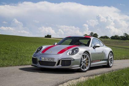 2016 Porsche 911 ( 991 type II ) R 24