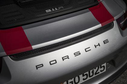 2016 Porsche 911 ( 991 type II ) R 28