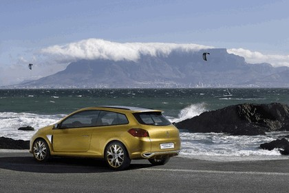2007 Renault Clio Grand Tour concept 19