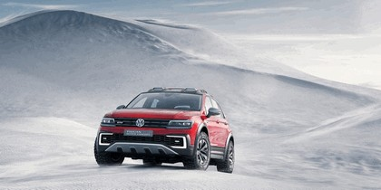 2016 Volkswagen Tiguan GTE Active Concept 5