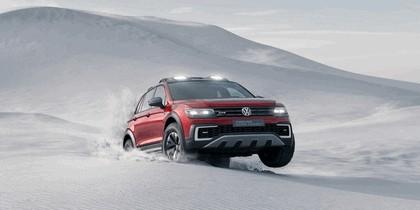 2016 Volkswagen Tiguan GTE Active Concept 8