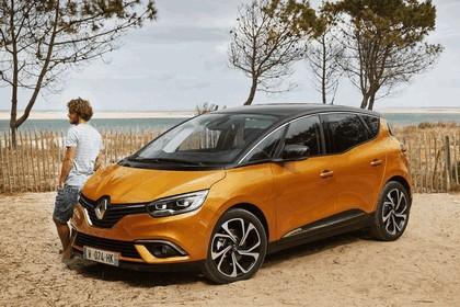 2016 Renault Scenic 111