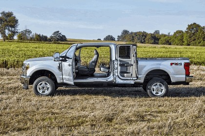 2016 Ford F-350 Super Duty King Ranch Crew Cab 4x4 6