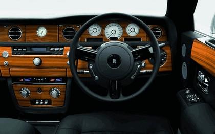 2007 Rolls-Royce Phantom Silver 3