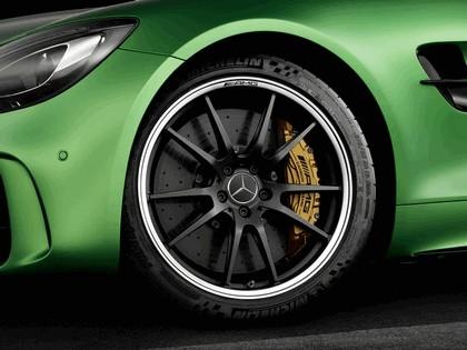 2016 Mercedes-AMG GT R 8