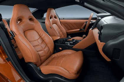 2017 Nissan GT-R ( R35 ) 12