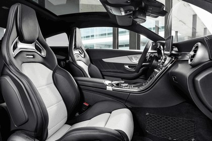 2017 Mercedes-AMG C63 coupé 26