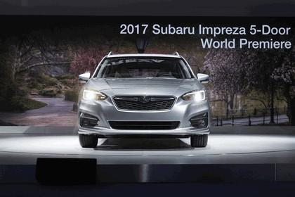 2017 Subaru Impreza 5-door - USA version 17