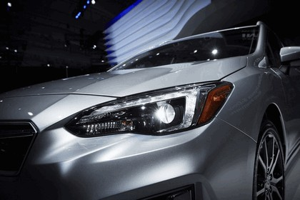 2017 Subaru Impreza 5-door - USA version 18