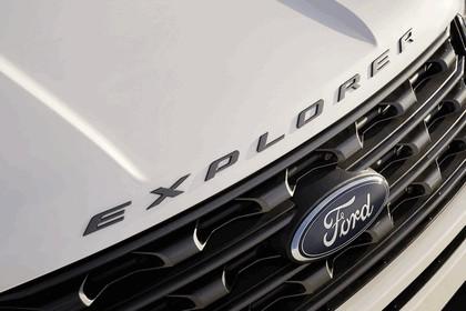 2017 Ford Explorer XLT Sport 11
