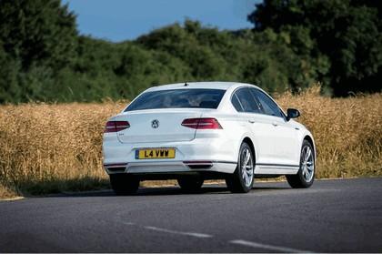 2017 Volkswagen Passat GTE - UK version 6