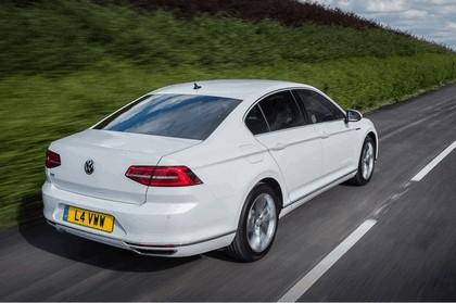 2017 Volkswagen Passat GTE - UK version 7
