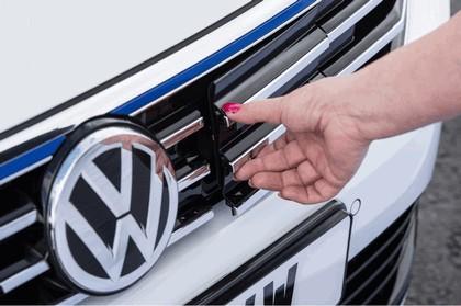 2017 Volkswagen Passat GTE - UK version 10