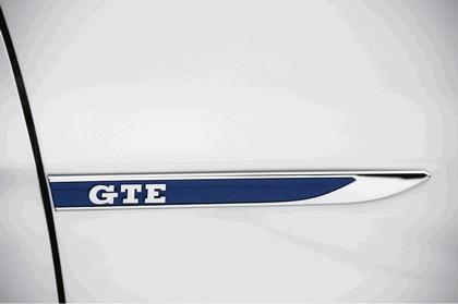 2017 Volkswagen Passat GTE - UK version 13