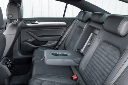 2017 Volkswagen Passat GTE - UK version 20