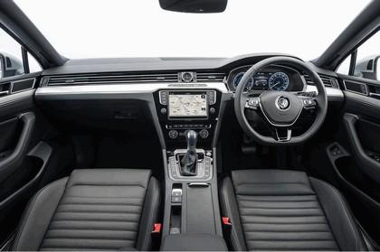 2017 Volkswagen Passat SW GTE - UK version 17