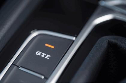 2017 Volkswagen Passat SW GTE - UK version 23
