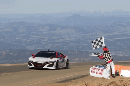 2017 Acura NSX - Pikes Peak official pace car 4