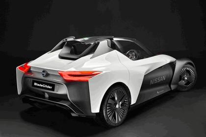 2016 Nissan BladeGlider concept 7