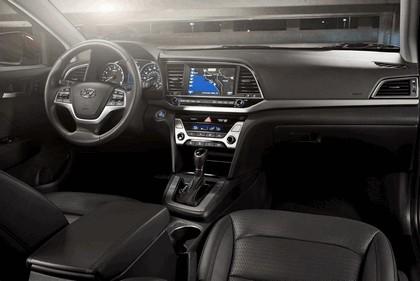 2017 Hyundai Elantra sedan 42