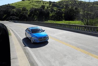 2017 Hyundai Elantra sedan 66