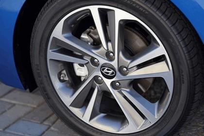 2017 Hyundai Elantra sedan 98
