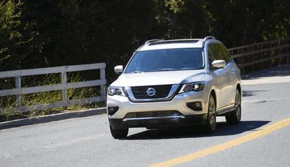 2017 Nissan Pathfinder 24