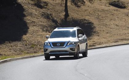 2017 Nissan Pathfinder 25