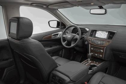2017 Nissan Pathfinder 43