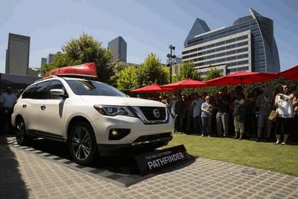 2017 Nissan Pathfinder 106