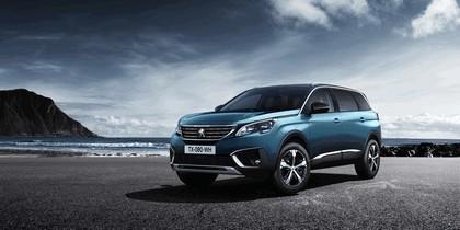 2016 Peugeot 5008 1