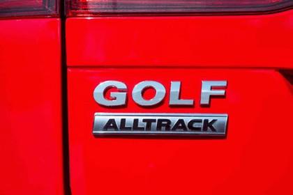 2017 Volkswagen Golf Alltrack - USA version 42