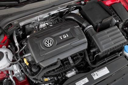 2017 Volkswagen Golf Alltrack - USA version 45