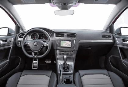 2017 Volkswagen Golf Alltrack - USA version 49