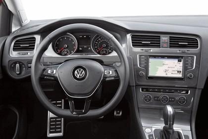 2017 Volkswagen Golf Alltrack - USA version 50