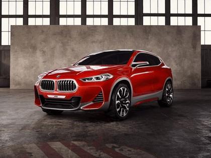 2016 BMW Concept X2 1