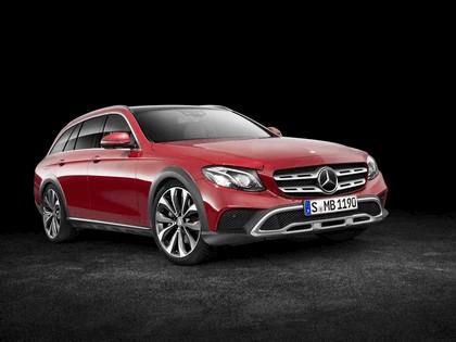 2016 Mercedes-Benz E-klasse All-Terrain 1