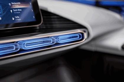 2016 Mercedes-Benz Generation EQ concept 41