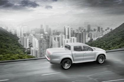 2017 Mercedes-Benz X-klasse concept 7