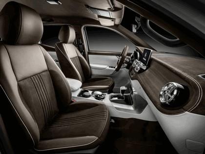 2017 Mercedes-Benz X-klasse concept 13