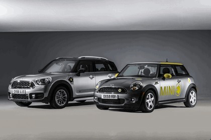 2016 Mini Cooper S E Countryman ALL4 8