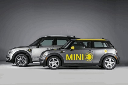 2016 Mini Cooper S E Countryman ALL4 10
